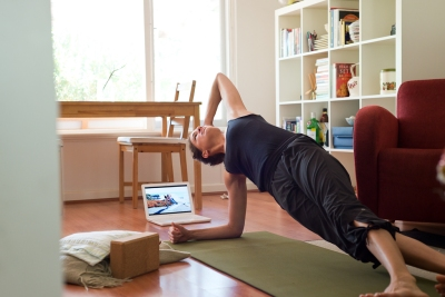 Yoga social media detox